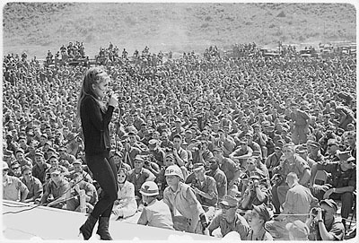 Ann Margaret Entertaining the Troops