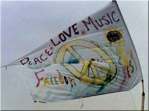 Woodstock Peace, Love, Music